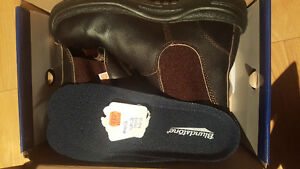 Like New Mens CSA Blundstone Style 162 size 42