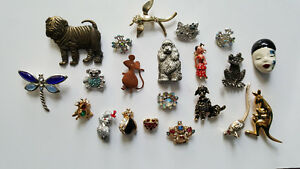 COLLECTION OF BEAUTIFUL BROOCHES
