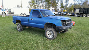 2005 Chevrolet Silverado 1500. 6 inch lift kit