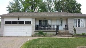 Renovated 4+3 Bedroom House in North York / willowdale for Rent