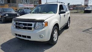 Ford Escape xlt (Financement maison) 2010