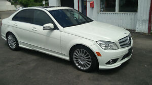 2010 Mercedes-Benz C 250 4Matic 142,000km Certified! Loaded!