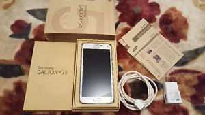 WIND/FREEDOM UNLOCKED SAMSUNG S5 WHITE PERFECT CONDITION!!