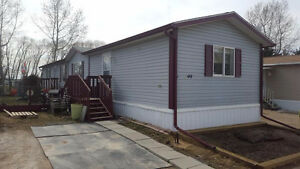 MOVE IN READY! AFFORDABLE LIVING!