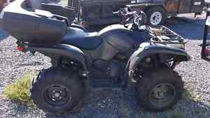 2015 Yamaha Grizzly special edition matte black 700 Kingston Kingston Area image 1