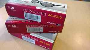 Six 3D LG Cinema Glasses AG-F310 with Cleaning Cloths Kitchener / Waterloo Kitchener Area image 2