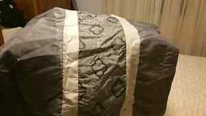 Brand new bed cover  Windsor Region Ontario image 5