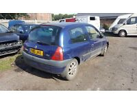 Breaking Renault Clio all parts available