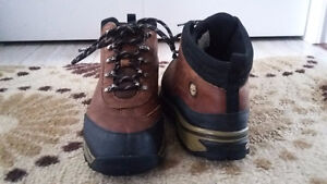 MENS/BOYS TIMBERLAND BOOTS