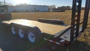 New 20 foot 21000 lb  tri axle pintle hitch equipment trailer