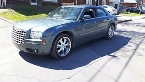 2005 Chrysler 300 A QUI LA CHANCE !