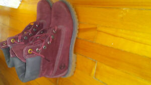 LADY TIMBERLANDS $150