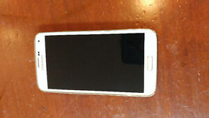 Samsung galaxy s5 for sale in white 16gb model.