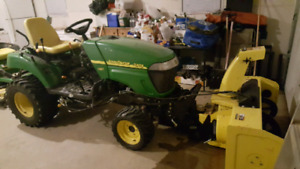 John Deere 2305 with attachments
