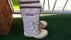 Women Kamik waterproof winter boot.