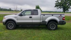 2008 Ford F150 Loaded-Great shape with Low Mileage..