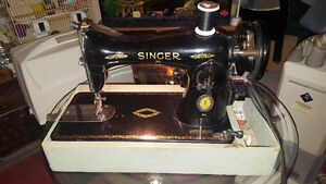 1948 ANTIQUE vINTAGE Singer 15-91 Heavy Duty Sewing Machine with
