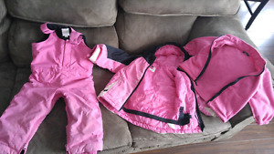 Size 3 childrens place 3in1 coat and snowpants