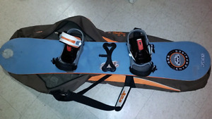 Adult Snowboard with new Salomon bindings 152cm
