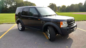 Very clean LR3 with hitch receiver
