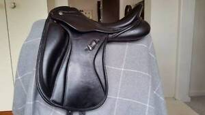 "ZALDI San Jorge Plana Dressage Saddle 17.5"" seat Duffys Forest Warringah Area Preview"