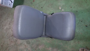 2005-2009 Dodge Ram Center console w/ lid Prince George British Columbia image 3