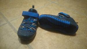 Boys size 7 shoes