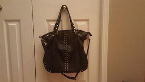 Purses (handbags)