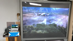 Sony TV 61 inches excellent condition
