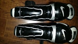 "Nike Hockey Shin Guard Youth XL - 11""- 28 cm"