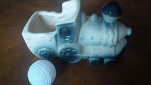 Vintage Train Engine Planter Kitchener / Waterloo Kitchener Area image 2