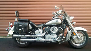 REDUCED !! Yamaha V Star 1100 Classic . Mint Condition!