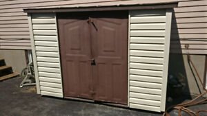 Side shed, great condition!