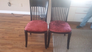 Set of 6 chairs and extensible table
