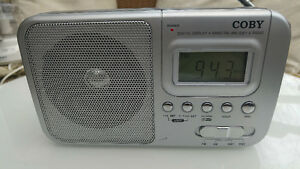Radio, portable AM FM SHORT WAVE 1 and 2 like new only $20