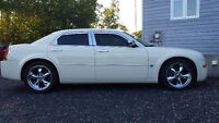2006 Chrysler 300C Hemi only 96k - Certified