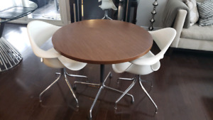 Herman Miller dining set (Eames table & Nelson Swag chairs)