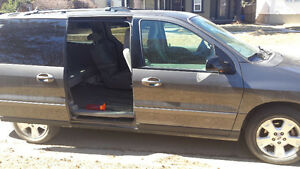 2005 Ford Windstar Grey Minivan, Van