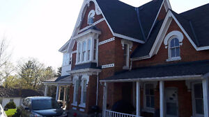 1 BEDROOM APT LOCATED IN A VICTORIAN HOME