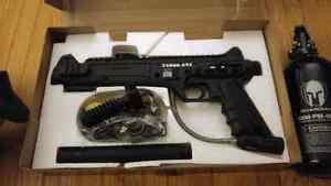 Paintball gun starter set