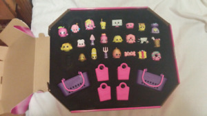 OVER 400 shopkins toys!