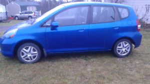2007 Honda Fit Hatchback with snow tires