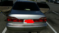 HONDA ACCORD 1999 WITH 282000 KMS FOR SALE.