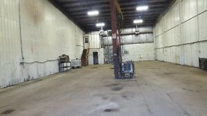 AVAILABLE IMMEDIATLY--PRIME STORAGE OR REPAIR SHOP