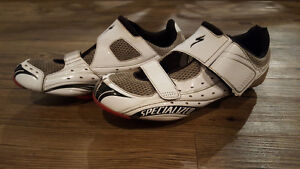 Specialized men's cycling shoe - great condition