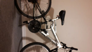 Mountain bike full suspension 18 spd  supercycle vice only $75