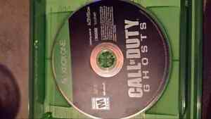 Call of duty ghost Xbox one & mic Windsor Region Ontario image 1