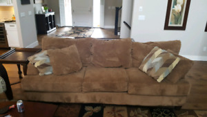 Couch, loveseat, 2 end tables, sofa table, coffe table