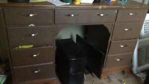 Solid wood desk  FREE