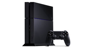 Playstation 4 + 1 Controller + 4 Games